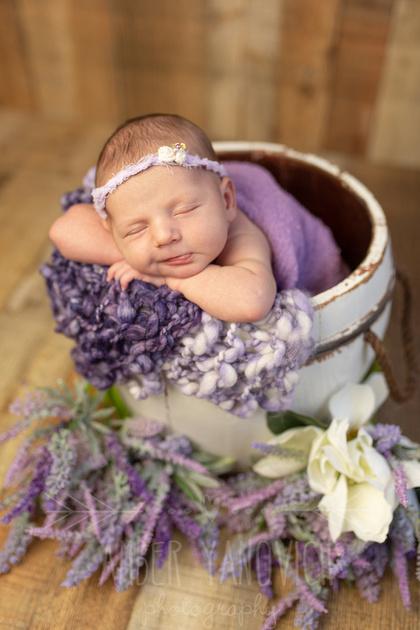 Claire Newborn -17